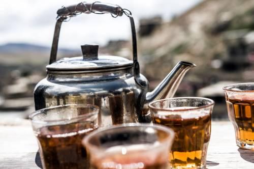 Hebrata lub wino? Tylko u Lawandosa / Tea or wine? Only by Lawandos