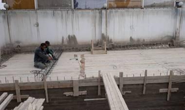 Basen już w budowie