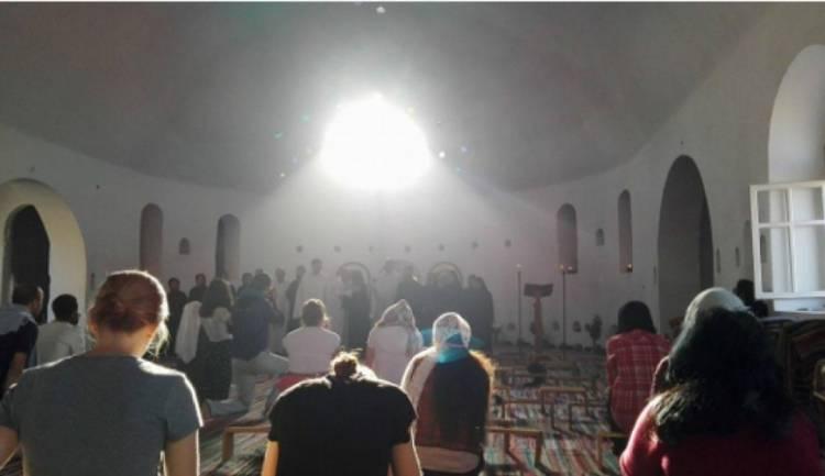 Pielgrzymka Zaufania w Egipcie, czyli o tatuażach z krzyżem, Ojcach Pustyni, Dominikanach w Kairze i przenoszeniu gór - zaproszenie na spotkanie