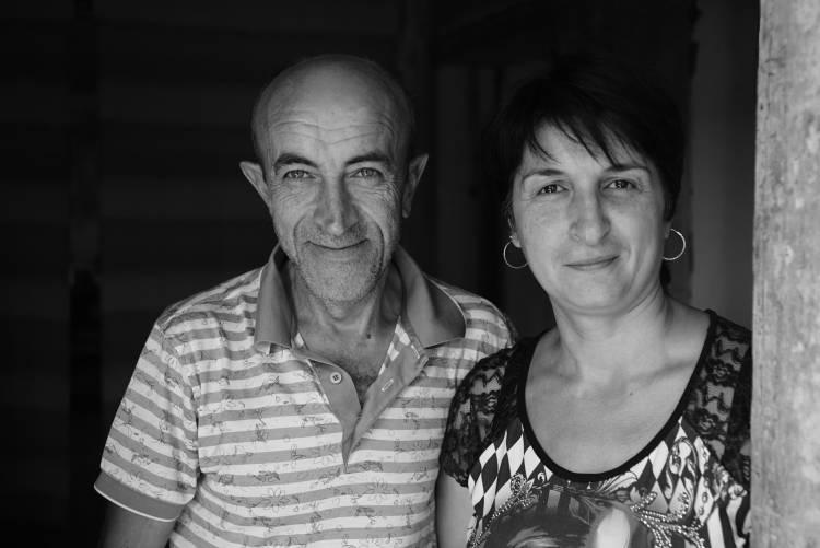 Pomóż rodzinie Haryian odbudować życie po wojnie